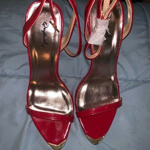 Qupid Red Pumps with gold tip - Never worn